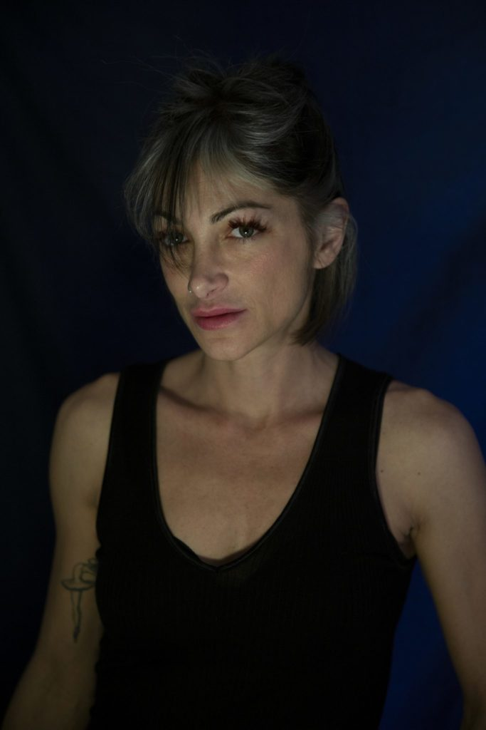 Fabiola Foti (37) is the editor-in-chief of the Catania-based, digital news site L'Urlo. For years she has investigated how local mobsters have managed to infiltrate the local festival of Saint Agatha, one of the country's most popular religious celebrations. She has been threatened for her work.